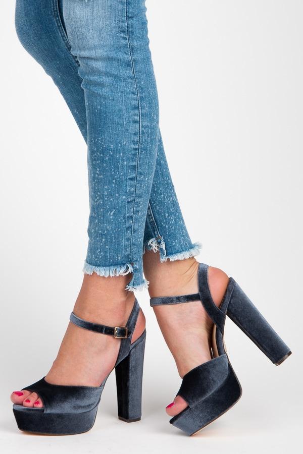 Šedé sandále na vysokom stĺpcovom podpätku - 6686-1G  ba990e011f9