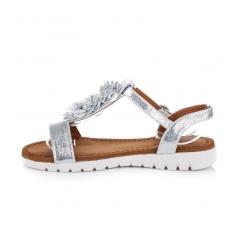 179761-neodolatelne-strieborne-sandalky-s-kvetinkami