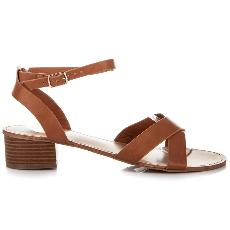 38aa427b21f2 Hnedé dámske sandále na nízkom podpätku - WL162C