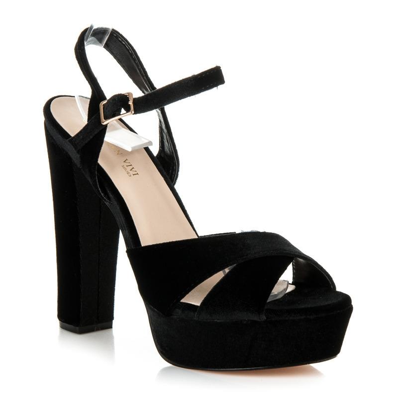 2b6741f89df9 Čierne dámske sandále na platforme - 6686-2B