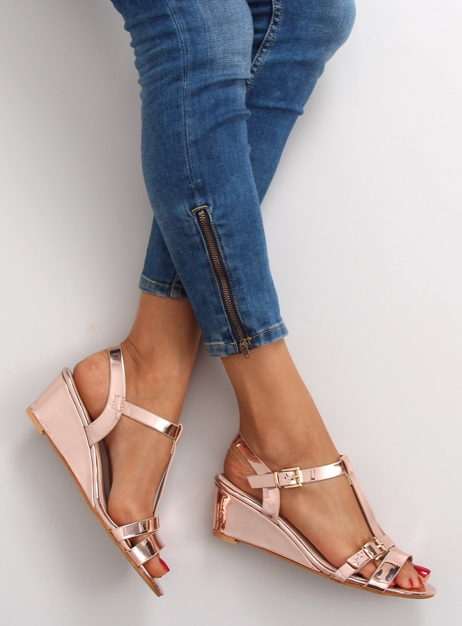 Krásne ružovo-zlaté metalické sandále na platforme - 668-1  859b6bfcf6d