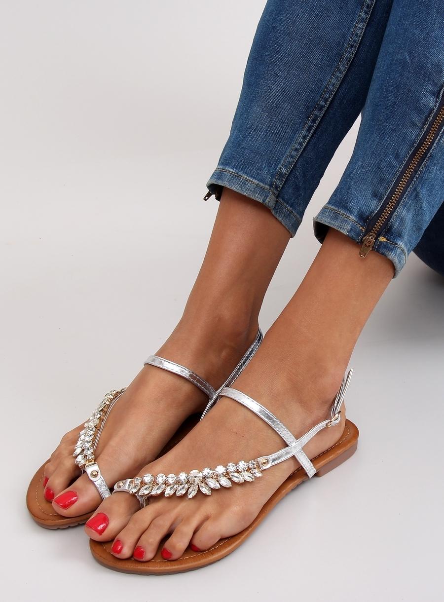 3a324ac9dd6f8 Elegantné dámske strieborné sandále s kamienkami - jh33 | dawien.sk