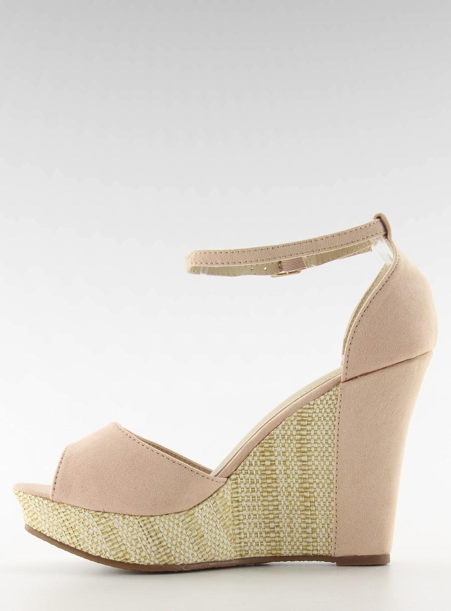 07e2211097f02 Dámske ružové sandále na platforme - 028 | dawien.sk
