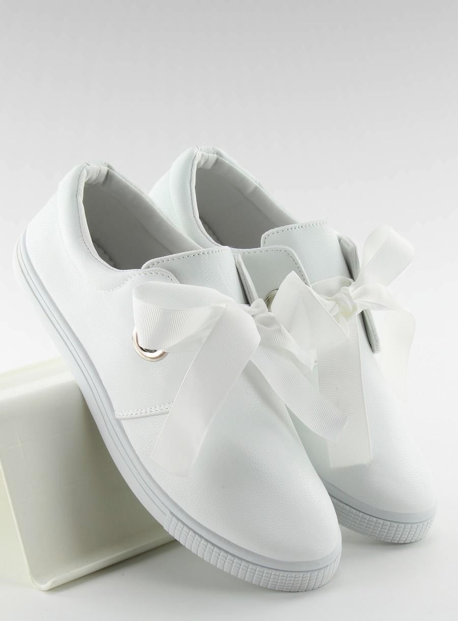 fcecae531e Luxusné biele dámske tenisky viazané stužkou - JX50