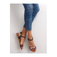 Čierne sandále zdobené kvetmi - 5836