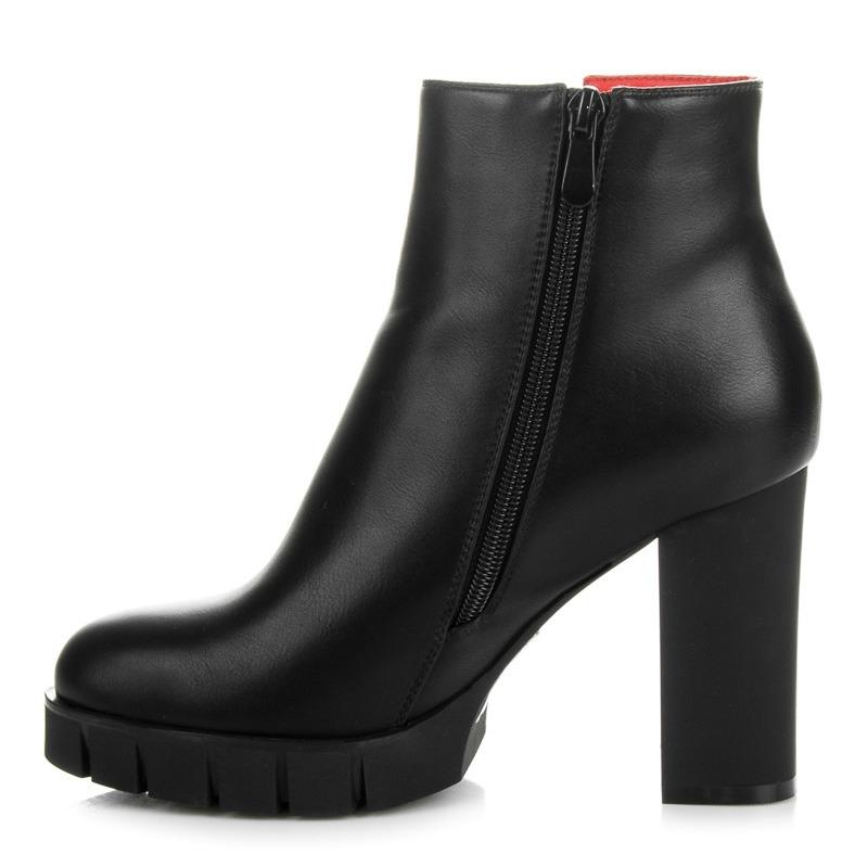 7748616971f4 Dámske čierne členkové topánky na platforme - BH89B