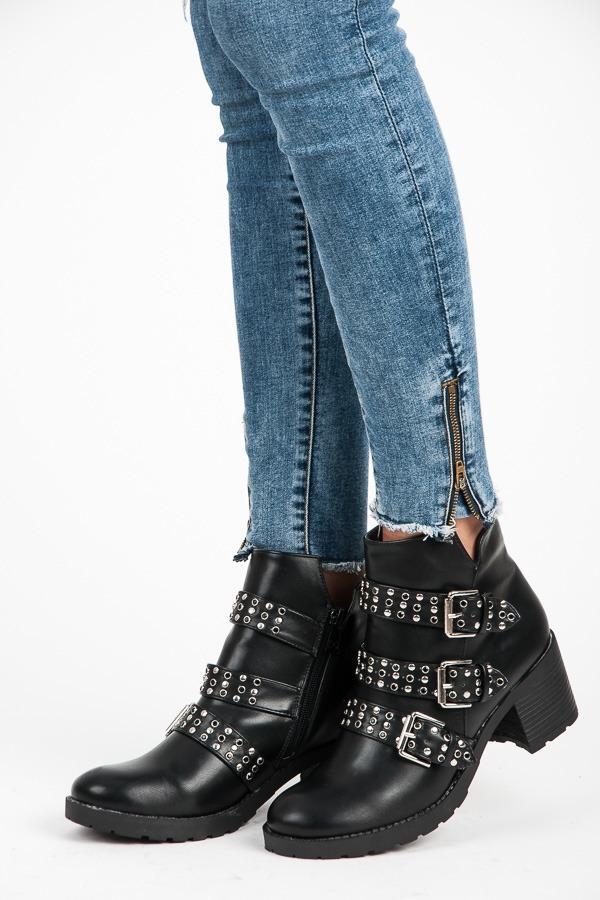 fca8d4df4d84 Dámske čierne rockové topánky s prackami - K1709909NE