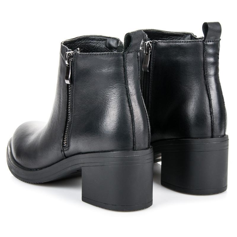 5a602c6d8c Dámske čierne kožené zateplené členkové topánky - NL105-1A-B