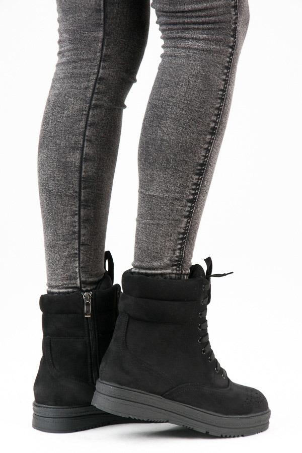 Dámske čierne členkové topánky na šnurovanie - 2115-1B  4254c7d3ec5