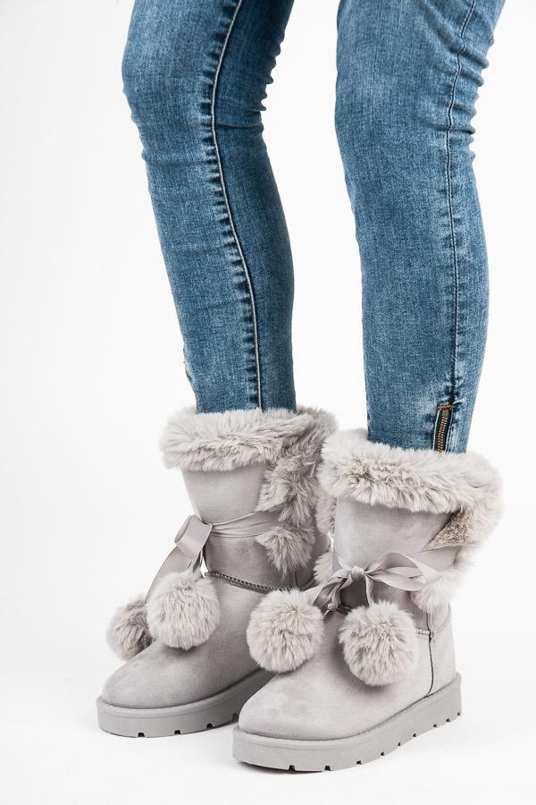 2f06a7a055398 Dámske šedé zateplené snehule s brmbolcami - ZY1625L.G | dawien.sk