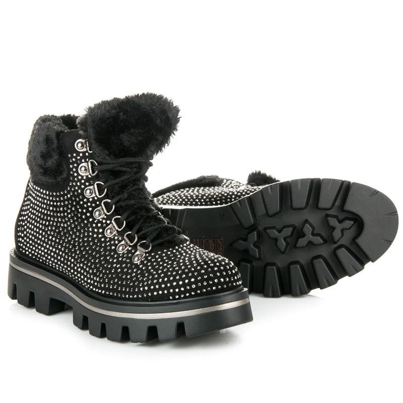 0fc3fd09112a Štýlové dámske čierne členkové topánky zdobené kamienkami - K1710901NE