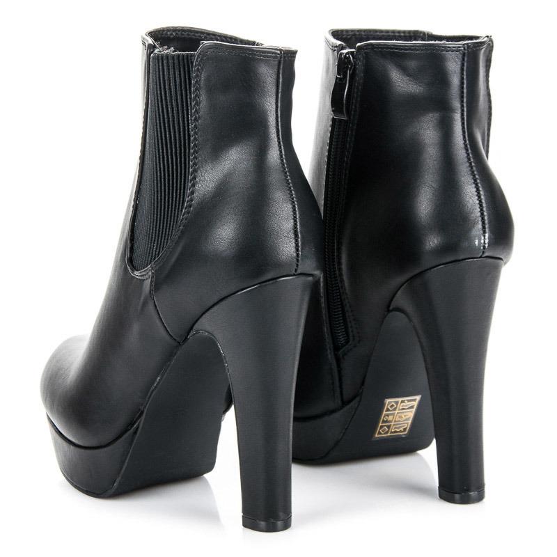 09d8ff851340 Dámske čierne členkové topánky na platforme - 4085-1A-B
