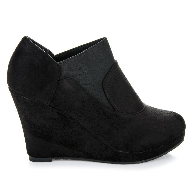 5859a3db0656 Dámske čierne členkové topánky na platforme - E1604B