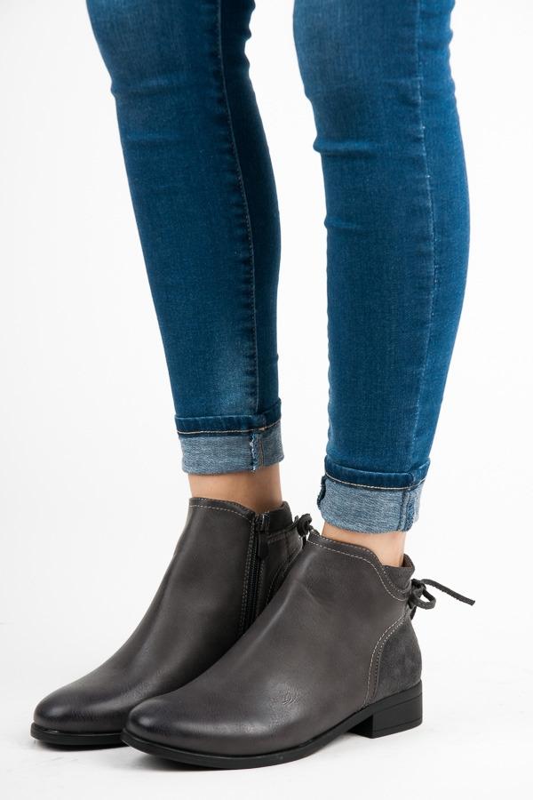 d3696b886dfe7 Dámske nízke šedé členkové topánky - J606G   dawien.sk
