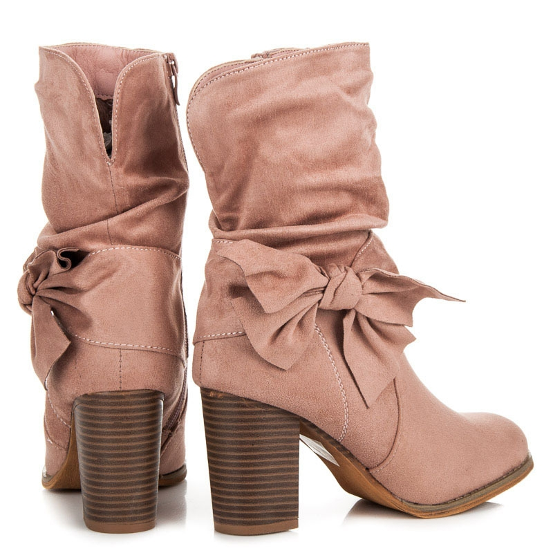 a8b0ab072 Dámske ružové semišové členkové topánky s mašľou - M215P   dawien.sk