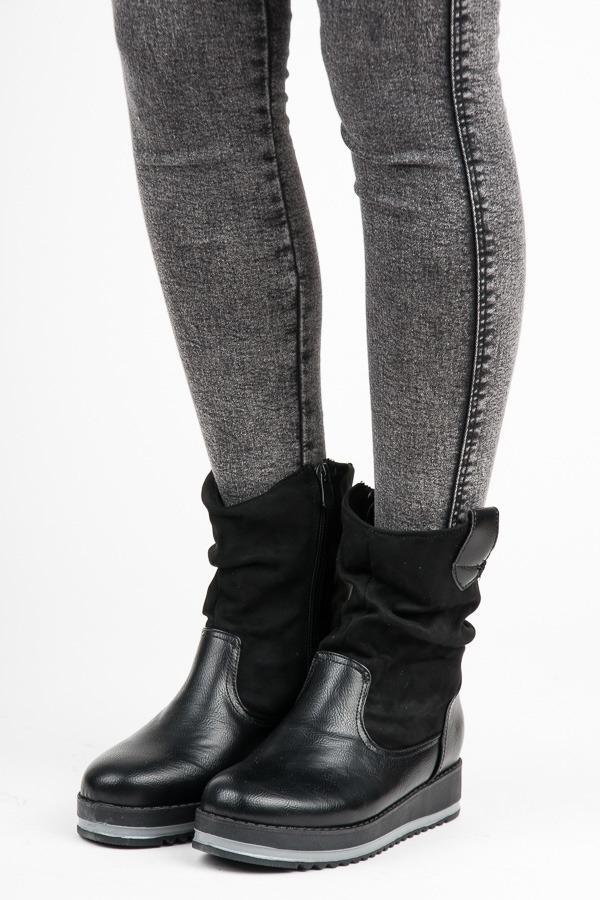 28cb52bf318e Dámske čierne členkové topánky na platforme - 6208B