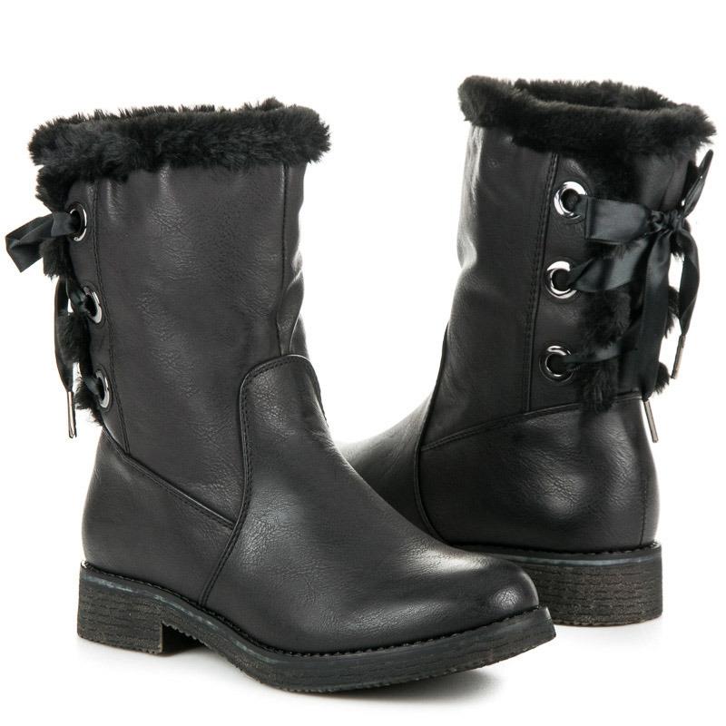 12b837706520 Dámske čierne zateplené členkové topánky viazané stužkou - 9682B ...