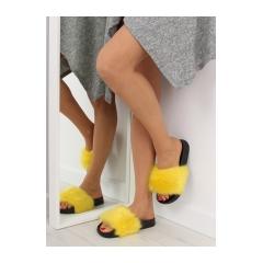 Dámske žlté kožušinové šľapky - S36
