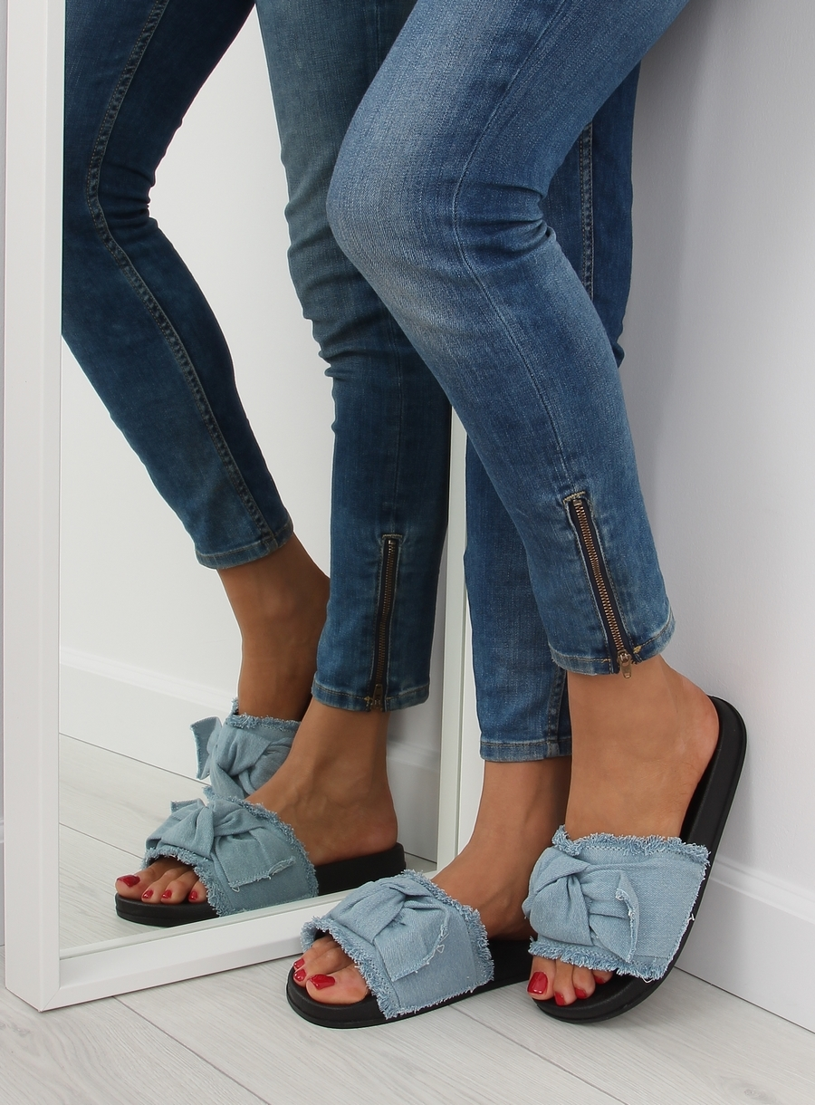 a56ab0482523 Dámske modré džínsové šľapky - HN55