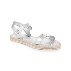 217797-damske-ploche-strieborne-sandale-s-prackou-oc16-10202s