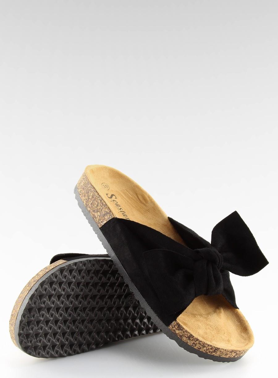 068285b920984 Dámske čierne šľapky na korkovej podrážke - CK02 | dawien.sk