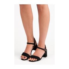 6005d785a Dámske čierne sandále - 10-158B