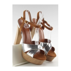 234115-krasne-strieborne-damske-sandale-m3006