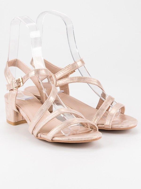 9b17dd3e5 Dámske ružové sandále na nízkom podpätku - SR-2793CHA   dawien.sk