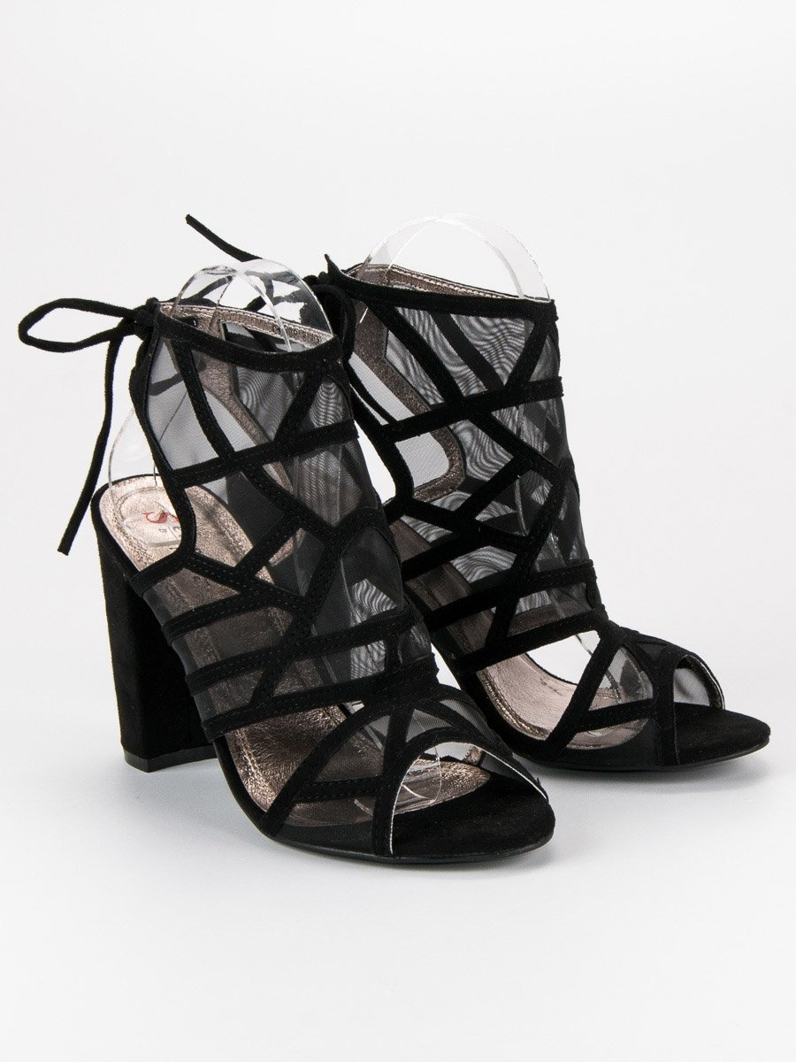 6f6c6a5a5ac6 Dámske čierne ažúrové sandále - C100P-B