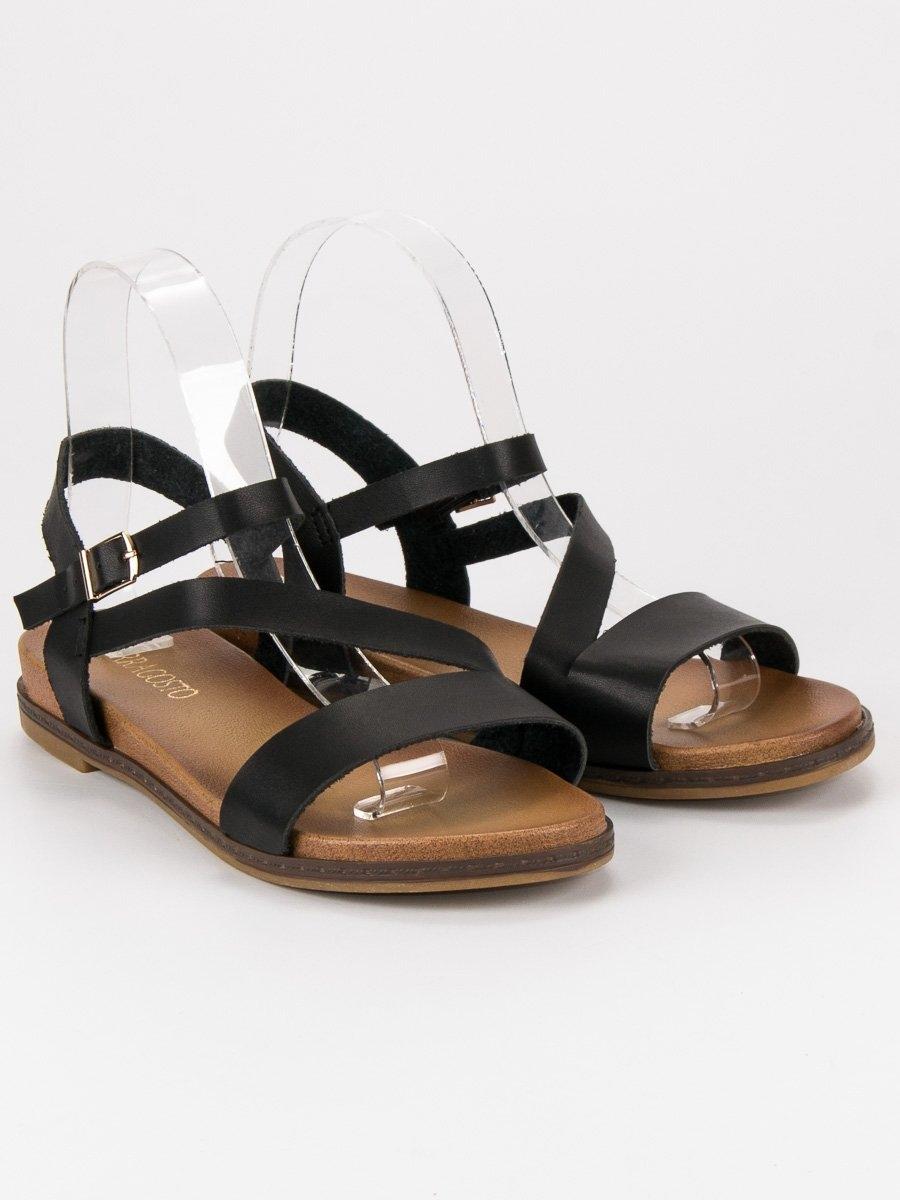 f50204a90164 Pohodlné dámske čierne sandále - F5925B