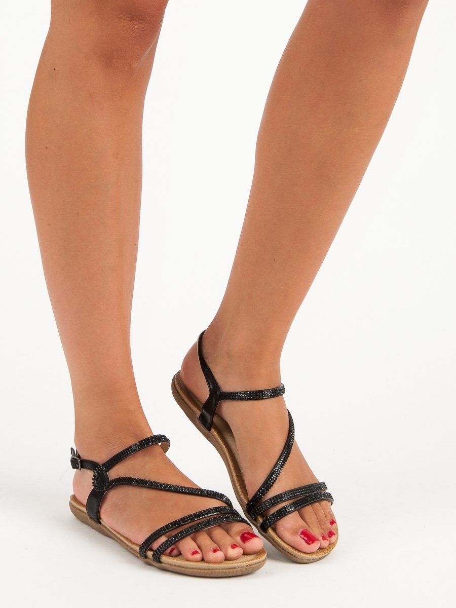 bedab1e3d853 Dámske čierne sandále s prackou - D562B