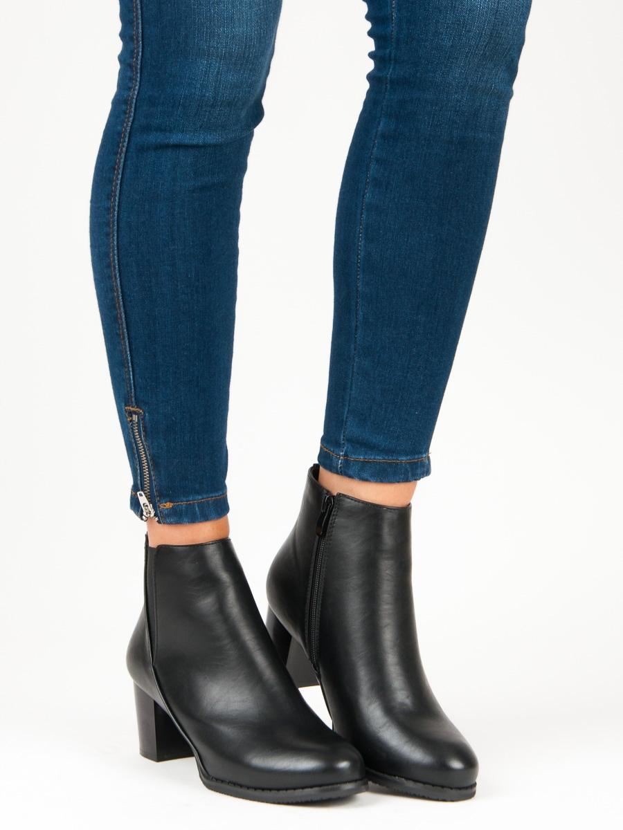 Módne dámske čierne členkové topánky - S1807B  d91149b52bb
