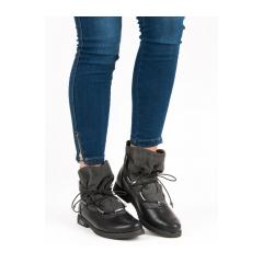 Dámske čierne členkové topánky na plochom podpätku  - HX307G