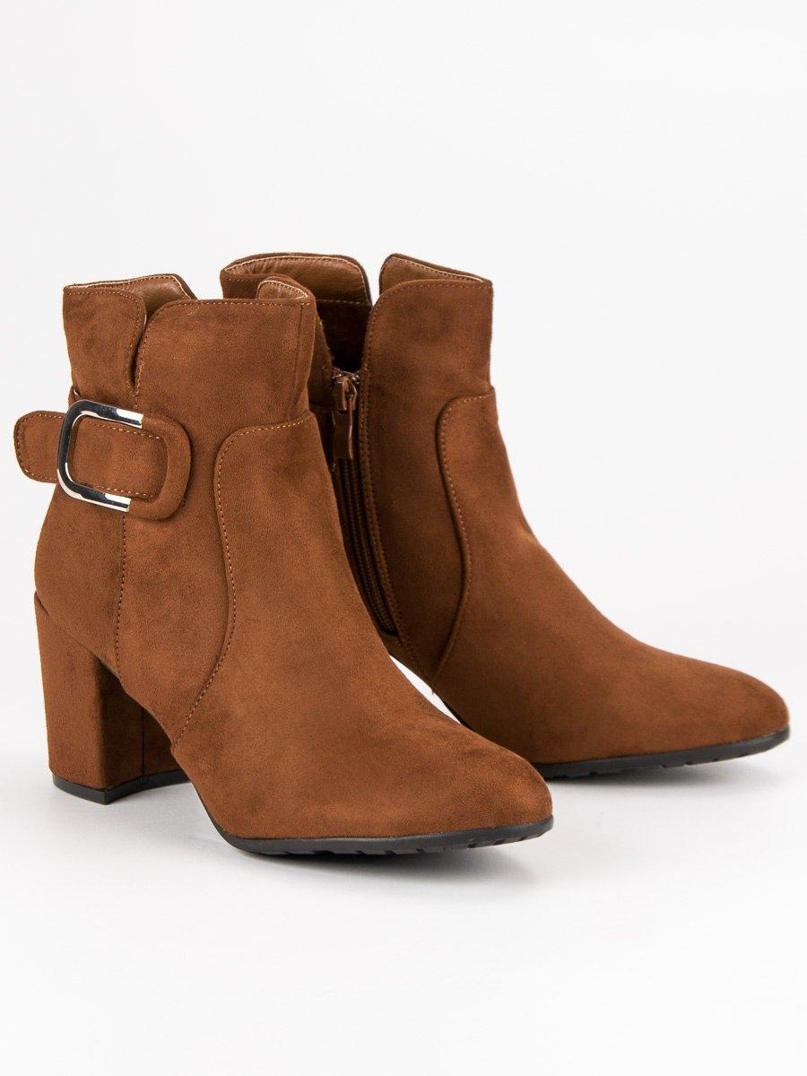 6236b4d37a Dámske hnedé členkové topánky na stĺpcovom podpätku - YL53CA