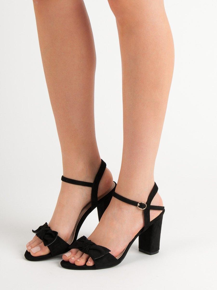 f941e5b2c484 Dámske čierne sandále s mašľou - GH1508B