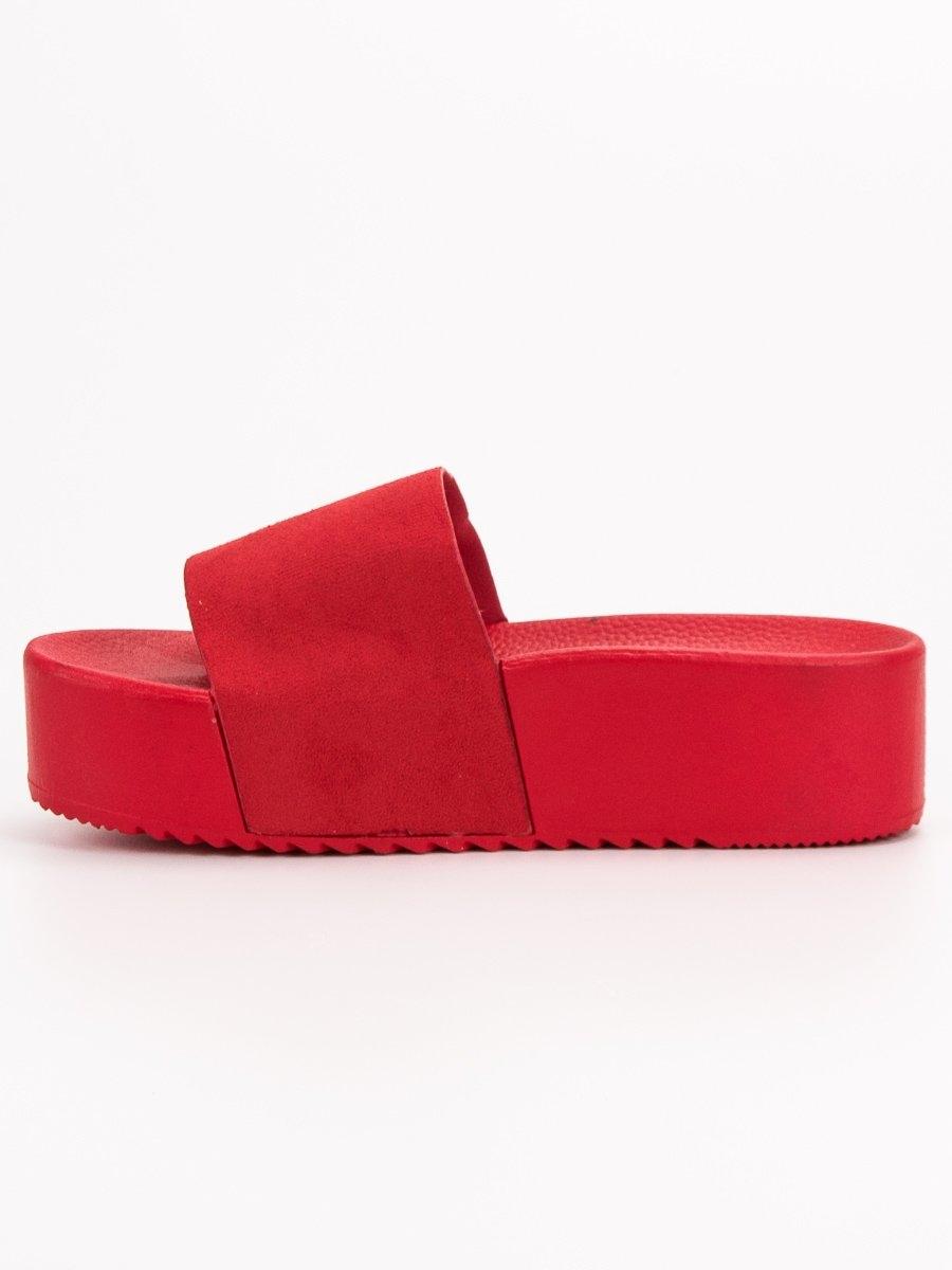 86b99e6531 Dámske červené šľapky na platforme - N-32R