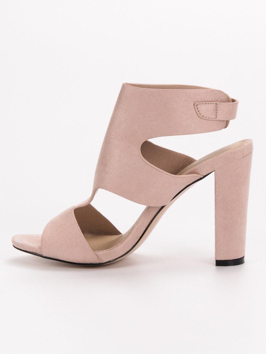 e7fa4984b547 Dámske béžové sandále - J-8711BE