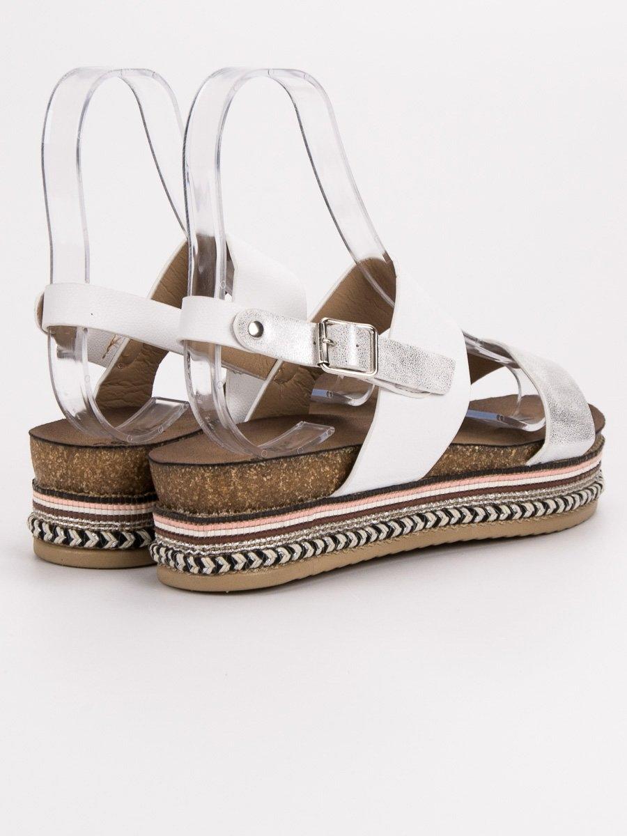 a4bab776ae7a Dámske biele sandále na platforme - AK26W
