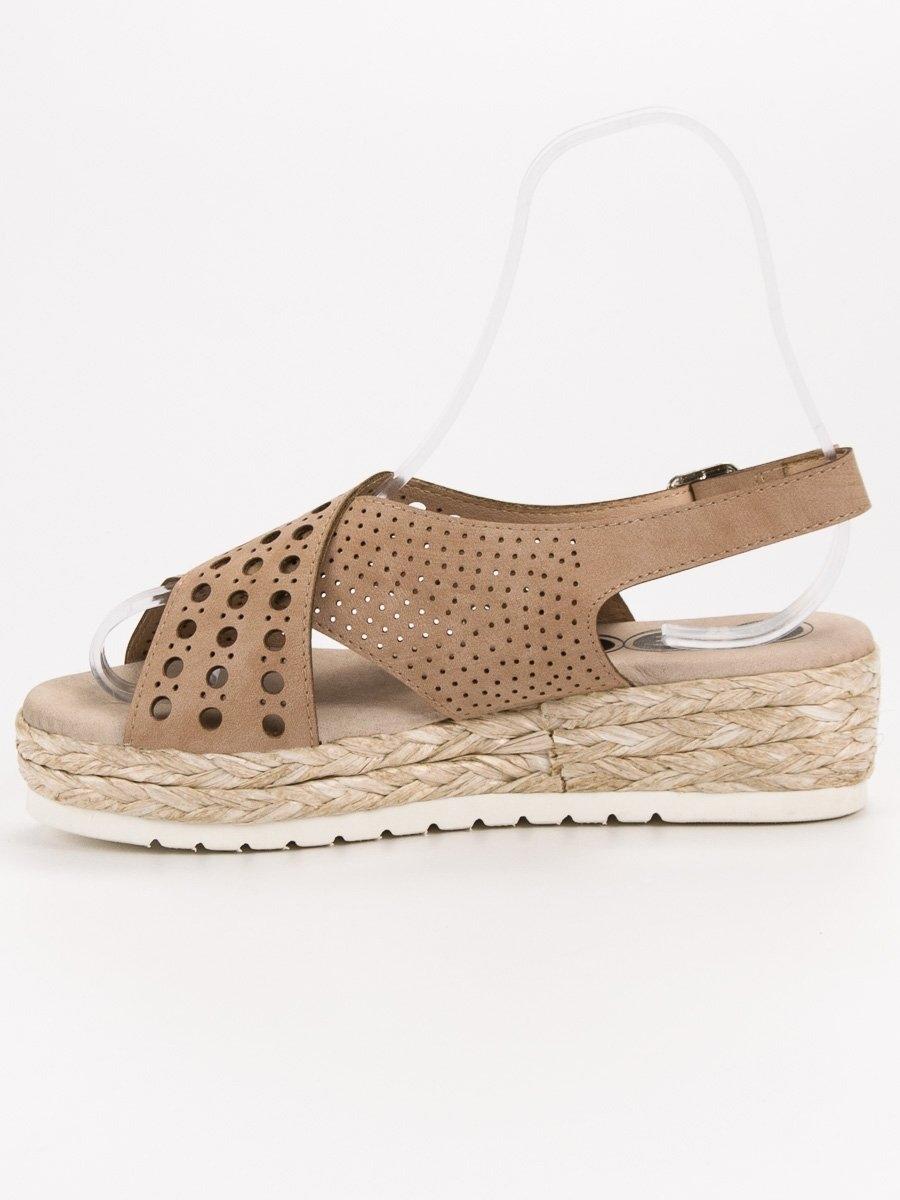 597630c69a2f9 Dámske hnedé sandále na platforme - B119-09-01C | dawien.sk