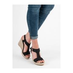 c4c68ff67bd8 Dámske čierne sandále na kline - H-69B