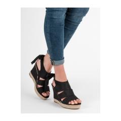 ace4b81b1 Dámske čierne sandále na kline - 66-358B