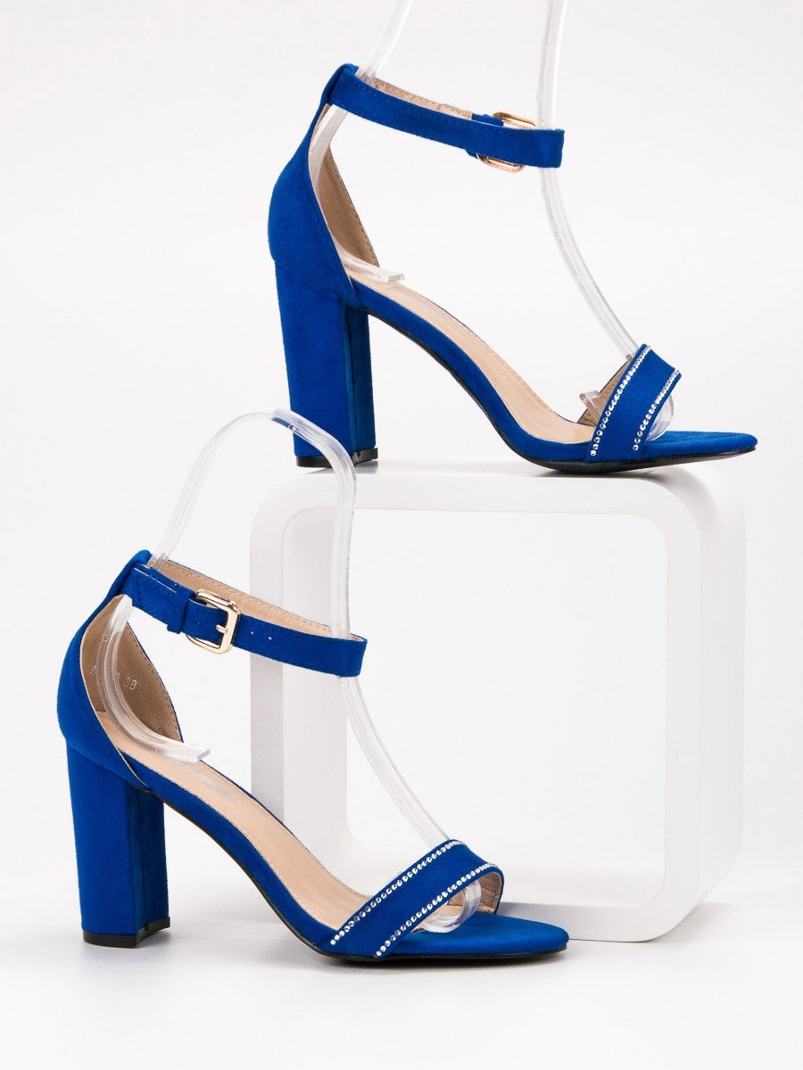 bbf27fca37166 Dámske modré sandále s kamienkami - A8020N | dawien.sk