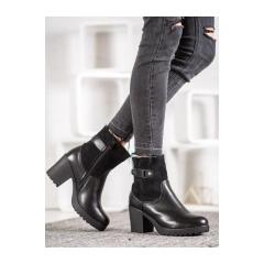 Dámske čierne členkové topánky  - A8111B