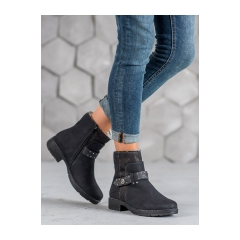 Dámske čierne členkové topánky - PG11B