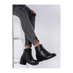 Dámske čierne členkové topánky - BT507B