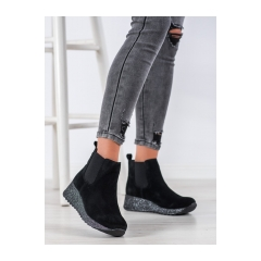 Dámske čierne členkové topánky na kline  - DBT1501/20B
