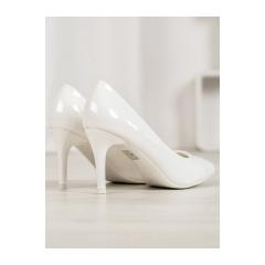 334055-damske-biele-lodicky-yc-106w