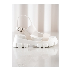 341043-damske-biele-sandale-na-platforme-fashion-ns192w
