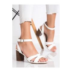 Dámske biele sandále  - 333-12W