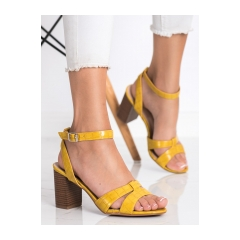 Dámske žlté sandále - 333-12Y